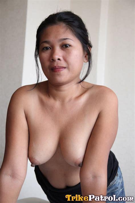 shy filipina milf has