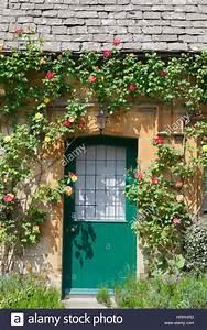Kalk Von Glas Entfernen : gr n aus holz und glas haust ren in einem alten traditionellen englischen kalk landhaus aus ~ Bigdaddyawards.com Haus und Dekorationen