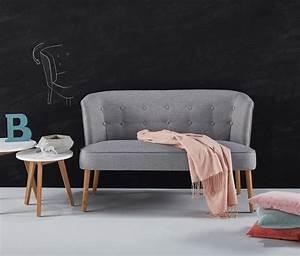Kleine Sofas Für Kleine Räume : unsere favoriten 30 kleine sofas f r kleine r ume ~ Bigdaddyawards.com Haus und Dekorationen
