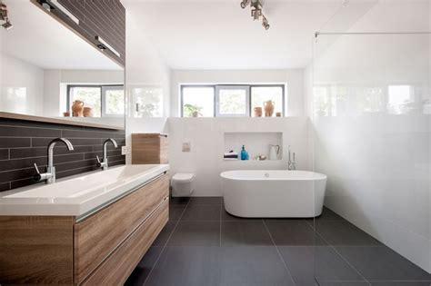 Badkamertegels schoonmaakazijn