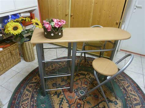 table haute de cuisine et tabouret table de bar et tabouret cuisine en image