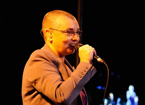 Sinead o'connor | nothing compares 2 u. What is Sinead O'Connor's Net Worth, and Why Did She Convert to Islam?