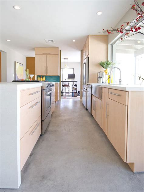 small kitchen flooring ideas pictures of small kitchen design ideas from hgtv hgtv 5463