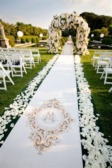 25 beautiful and romantic garden wedding ideas style