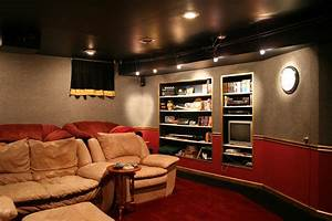 Media Home Cinema : file home theater wikimedia commons ~ Markanthonyermac.com Haus und Dekorationen