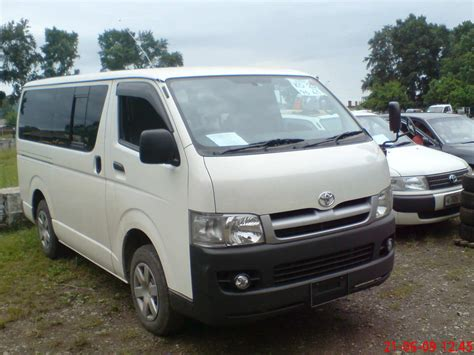 Toyota Hiace by 2005 Toyota Hiace Photos 2 5 Diesel Manual For Sale