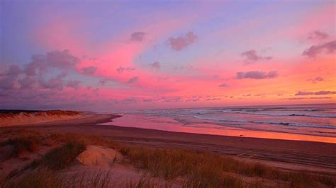 Most Gorgeous Sunset Ever 90 Mile Beach New Zealand