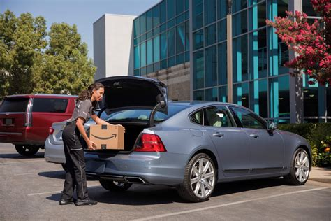 Amazon Will Now Deliver Packages To Your Car