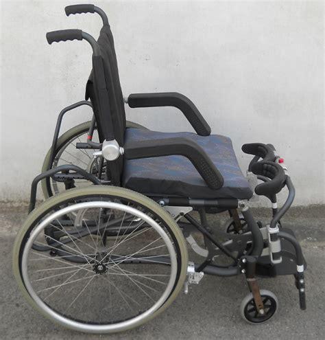 fauteuil roulant d occasion verticalisateur manuel vivre debout ls