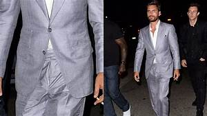 Scott Disick walks out of nightclub with his fly open