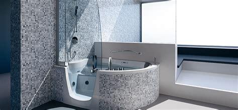siege electrique pour baignoire combiné bain adapté pour personne à mobilité