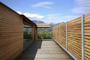 Gartenzaun Sichtschutz Holz : gartenzaun holz modern gartenzaun sichtschutz modern holz kunstrasen garten nowaday garden ~ Orissabook.com Haus und Dekorationen
