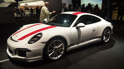Porche Nyc by Porsche S 911r Makes Its American Debut In New York Ars