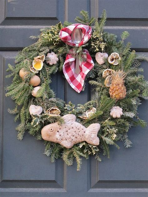 89 best williamsburg christmas decorations images on