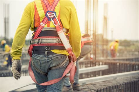 Safety Harness Training is Critical for anyone Working at ...