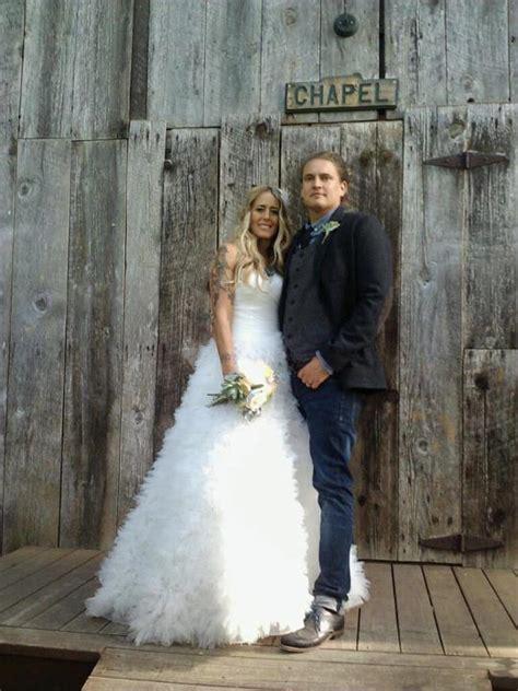 Hallie Gnatovich Wedding Pictures.Josh Gates Hallie Gnatovich Wedding