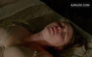 Reiko Aylesworth  nackt