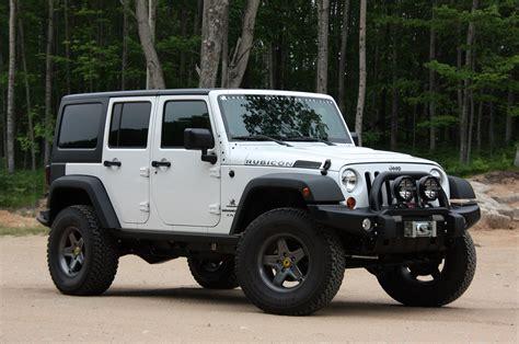 aev jeep wrangler hemi autoblog