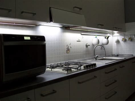 ruban led pour cuisine cuisine ruban led lumenled