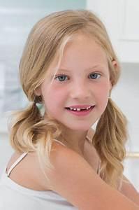 Coupe Petite Fille Mi Long : coiffure enfant fille 20 id es de coiffure pour enfant fille ou gar on l 39 express styles les ~ Melissatoandfro.com Idées de Décoration