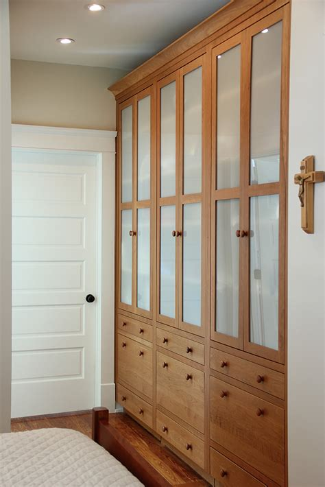 built  custom cabinets   bedroom plain fancy