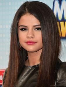 52 Beautiful Hairstyles Of Selena Gomez
