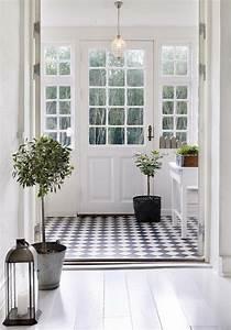 le carrelage damier noir et blanc en 78 photos archzinefr With porte d entrée alu avec carrelage sol noir salle de bain
