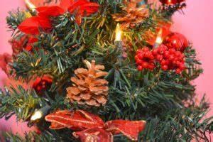 Weihnachtsbaum Pink Geschmückt : k nstlicher weihnachtsbaum kaufen die besten k nstlichen weihnachtsb ume im vergleich ~ Orissabook.com Haus und Dekorationen