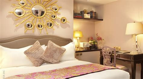 Decorating Ideas For A Feminine Bedroom by Creative Feminine Bedroom Ideas