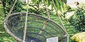 Loveuse De Jardin : bricolage fabriquer une loveuse suspendue pour son jardin marie claire ~ Teatrodelosmanantiales.com Idées de Décoration