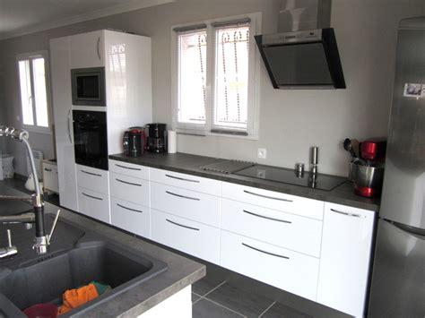 cuisine et blanc cuisine quipe blanc laqu cuisine blanc laque et bois