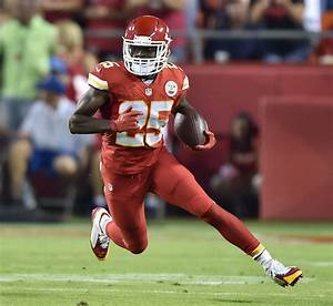 NFL: The 5 Best Running Backs in the League Today - Page 4