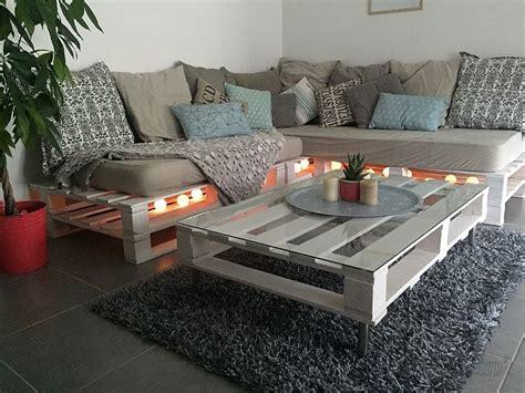 canapé avec des palettes les 25 meilleures idées de la catégorie canapé palette sur canapé en palettes