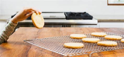 plan de travail en zinc pour cuisine plan de travail zinc critères de choix et prix ooreka