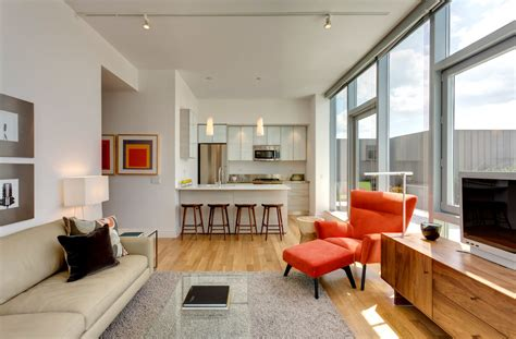 Midtown Apartments With Luxurious Balconies & Home Offices