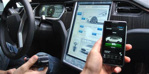 12+ Tesla 3 Updates Software Car Improves Over Time Images