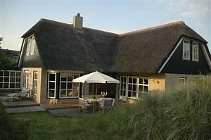 Ferienhaus In Holland Kaufen : luxus ferienhaus nordsee pool sauna kamin reetdach ~ A.2002-acura-tl-radio.info Haus und Dekorationen