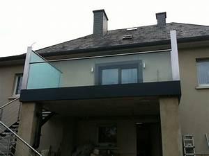 Treppengeländer Mit Glas : treppen treppengel nder balkongel nder aus glas preis auf anfrage metall kreativ ug shop ~ Markanthonyermac.com Haus und Dekorationen