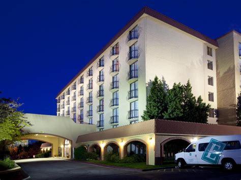 Best Price Embassy Suites Hilton Denver Tech Center