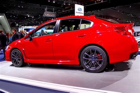 subaru wrx picture  car review  top speed