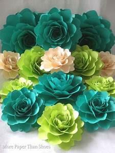 Papierblumen Aus Servietten : pin von doris h usler auf papierblumen pappersblommor konstgjorda blommor und blommor ~ Yasmunasinghe.com Haus und Dekorationen