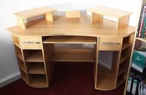 Pc Tisch Groß : gro er eck schreibtisch computertisch pc tisch kassel ~ Lizthompson.info Haus und Dekorationen