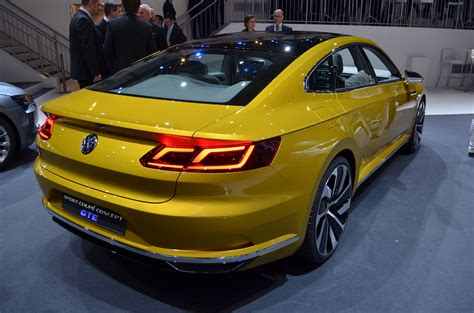 new volkswagen sports car volkswagen introduces new sport coupe concept gte car tavern