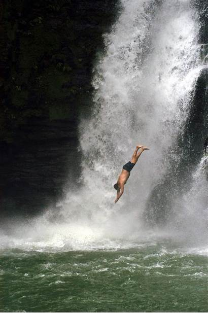 Cliff Jumping Extreme Adventure