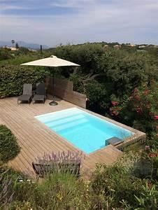 Les 25 meilleures idees de la categorie piscine for Piscine forme libre avec plage 1 photos des plus belles piscines paysagares piscine
