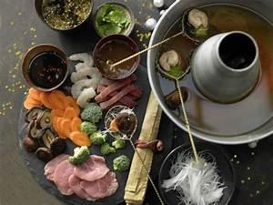 Dips Zum Fondue : asiatisches fondue mit dips rezept eat smarter ~ Lizthompson.info Haus und Dekorationen