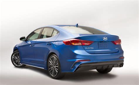 Hyundai Elantra Hp by 2017 Hyundai Elantra Sport With 200 Hp Officially Unveiled