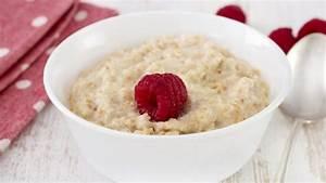Frühstück Zum Abnehmen Rezepte : porridge haferbrei zum fr hst ck h lt den darm gesund ~ Frokenaadalensverden.com Haus und Dekorationen