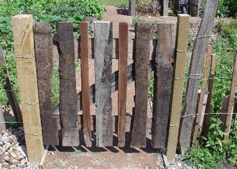 Best 25+ Wooden Garden Gate Ideas On Pinterest