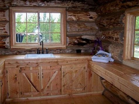 cabin style kitchen cabinets shopping for the right rustic kitchen cabinets for a log